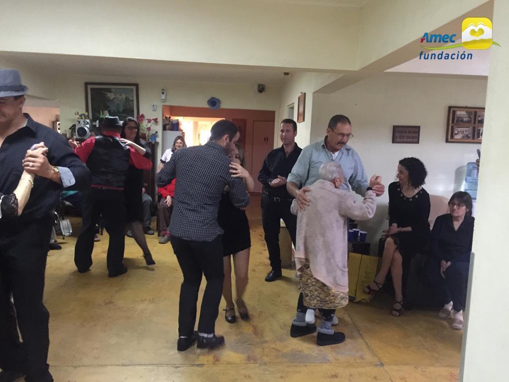 Hogar El Quincho + Tango 7
